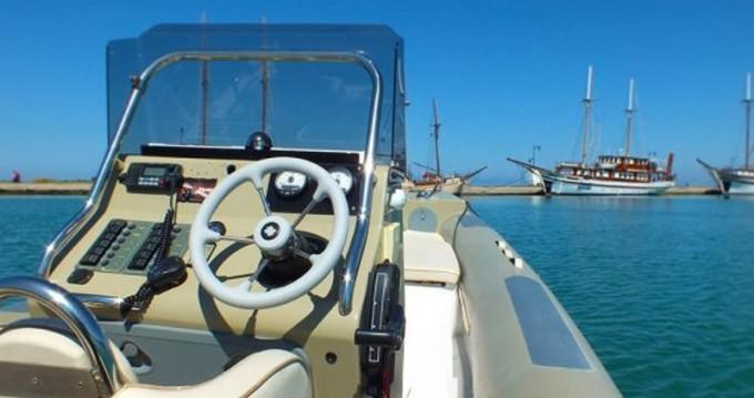 Location Bateau à moteur à Port de Lefkada -  Fost Obssesion 740