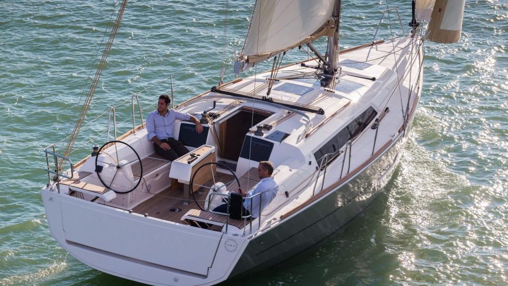 Location bateau Dufour Dufour 382 GL à Cagliari sur Samboat
