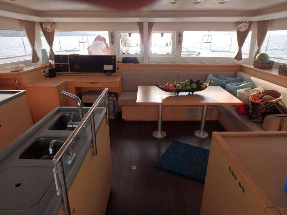 Location bateau Sant Antoni de Portmany pas cher Lagoon 450  Flybridge