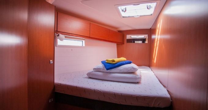 Location bateau Trogir pas cher Cruiser 51