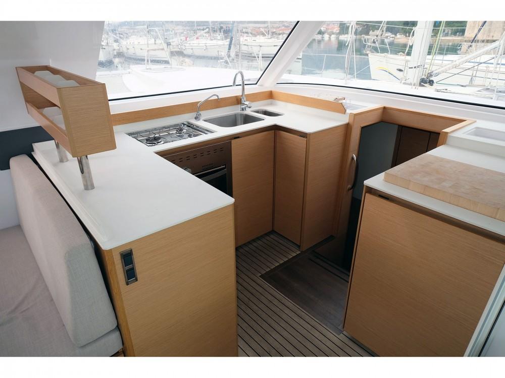 Location bateau Nautitech Nautitech Open 40 à Trogir sur Samboat