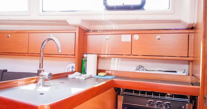Location bateau Trogir pas cher Cruiser 34
