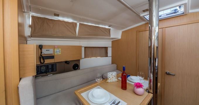 Location yacht à Dubrovnik - Bénéteau Oceanis 38.1 sur SamBoat