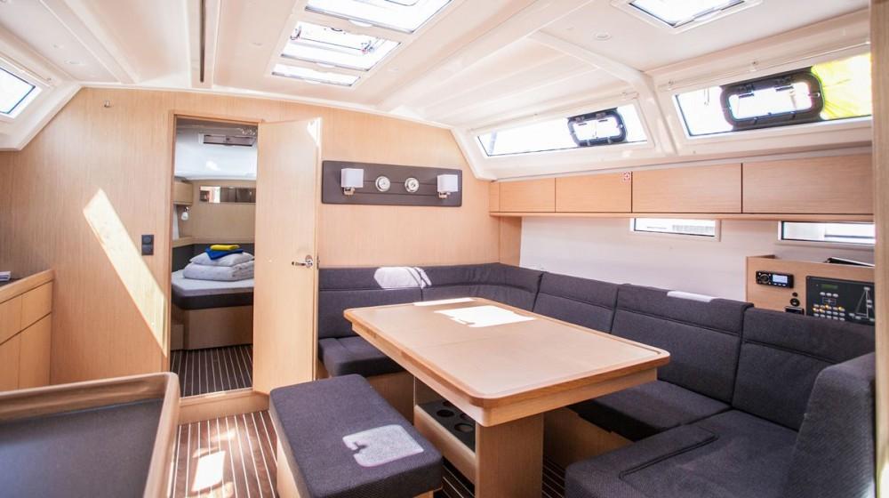 Bavaria Bavaria Cruiser 46 OW. entre particuliers et professionnel à Trogir
