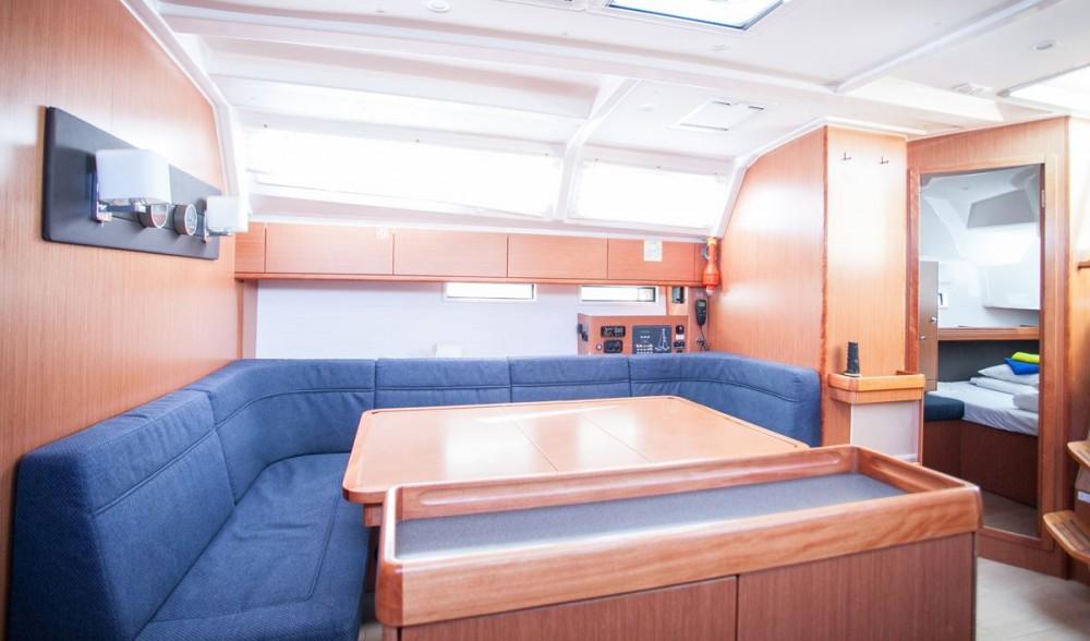 Location bateau Trogir pas cher Bavaria Cruiser 46