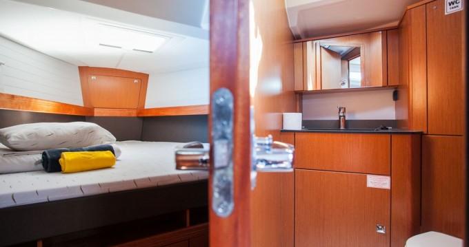Location bateau Trogir pas cher Cruiser 41