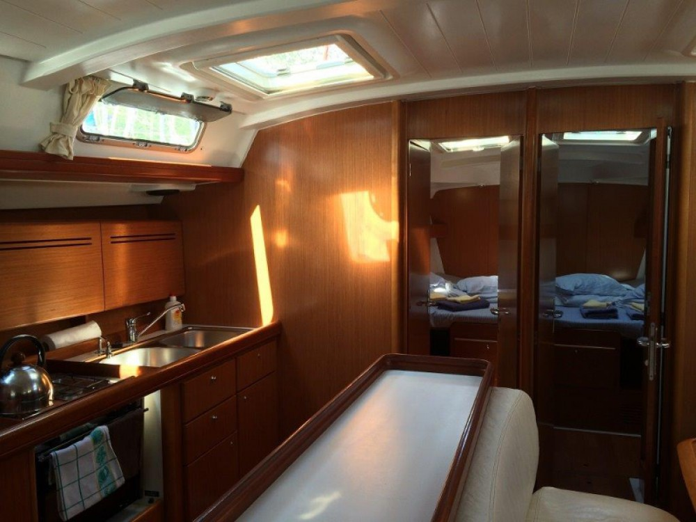 Location bateau Bénéteau Cyclades 50.5 à ACI Marina Dubrovnik sur Samboat