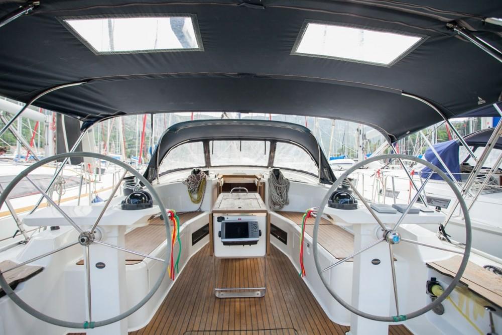 Location bateau Bavaria Bavaria Cruiser 45 à ACI Marina Trogir sur Samboat