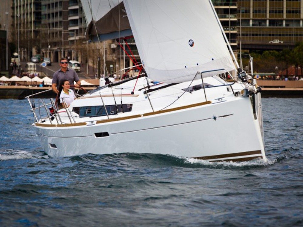 Louer Voilier avec ou sans skipper Jeanneau à Paraty