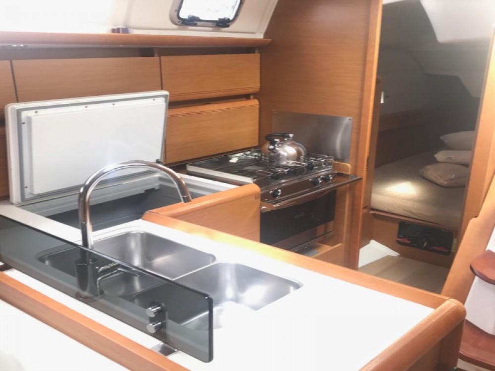 Location yacht à Paraty - Jeanneau Sun Odyssey 379 sur SamBoat