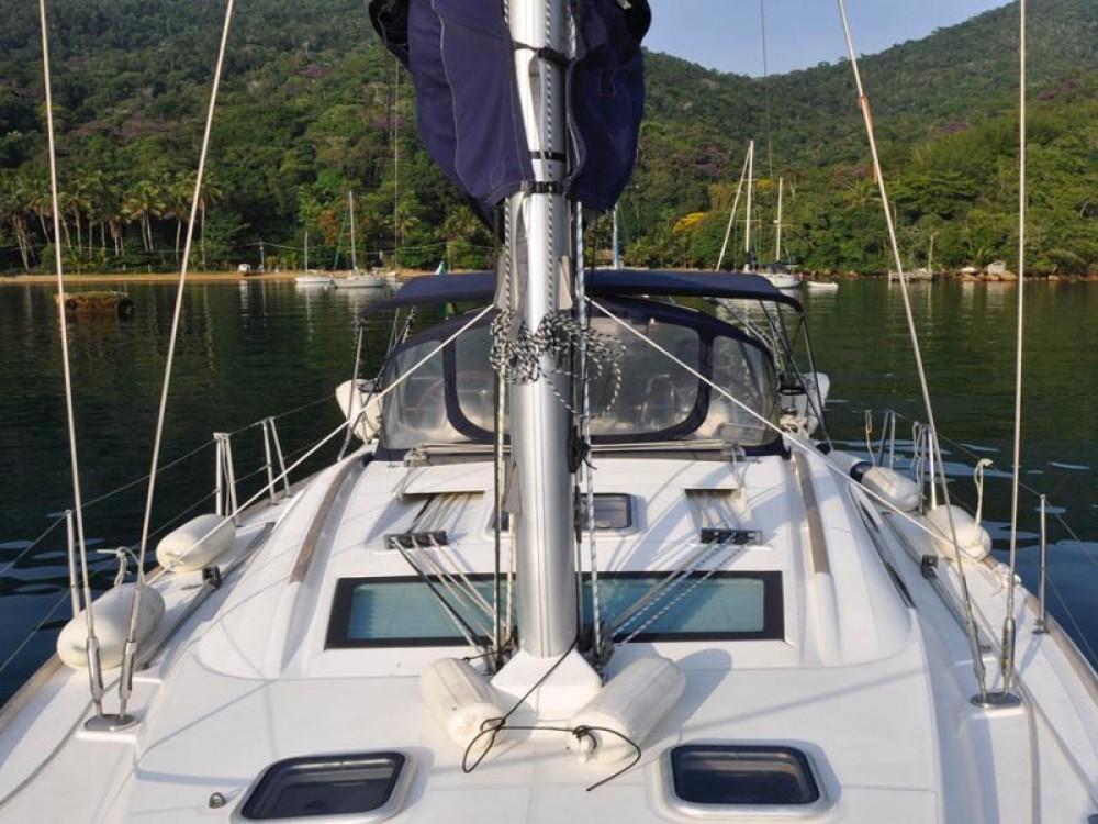 Louez un Bénéteau Oceanis 40 à Angra dos Reis