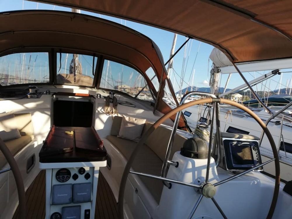 Location Voilier à Marina de Alimos - Bavaria Bavaria 42 Cruiser