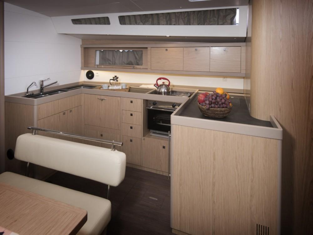 Location yacht à Kaštel Gomilica - Bénéteau Oceanis 48 sur SamBoat