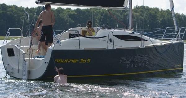Location bateau Malcesine pas cher Nautiner 30S Race