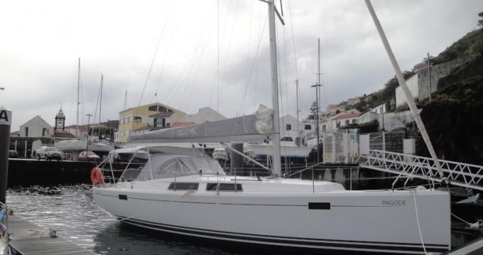 Louez un Hanse Hanse 385 à Ponta Delgada