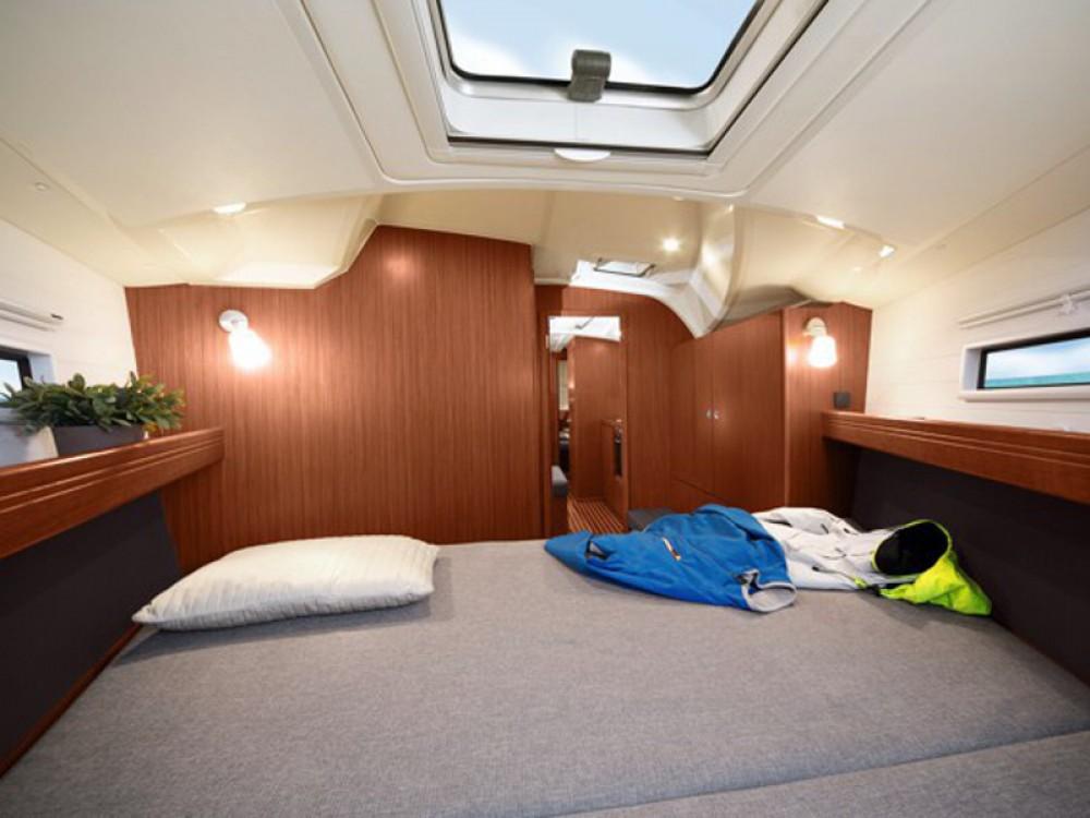 Location yacht à Ponta Delgada (São Pedro) - Bavaria Bavaria Cruiser 41 sur SamBoat