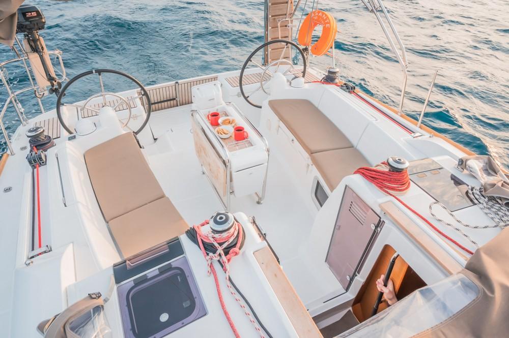 Location bateau Jeanneau Sun Odyssey 449 à Leucade sur Samboat