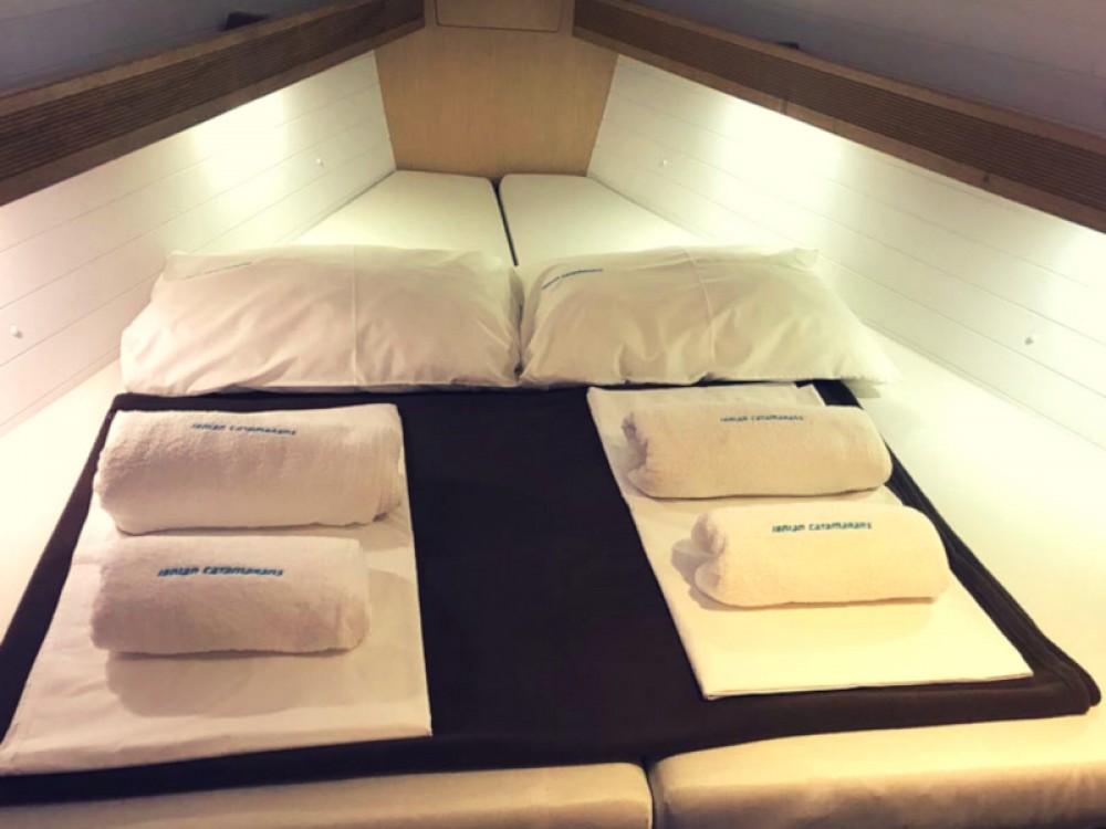 Louez un Bavaria Bavaria Cruiser 40 à