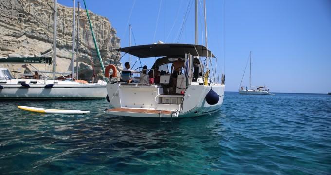 Location bateau Dufour Dufour 460 à Gouviá sur Samboat