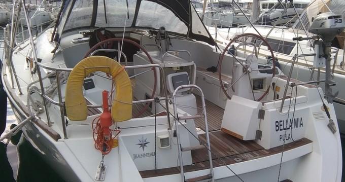Jeanneau Sun Odyssey 44i entre particuliers et professionnel à Mindelo