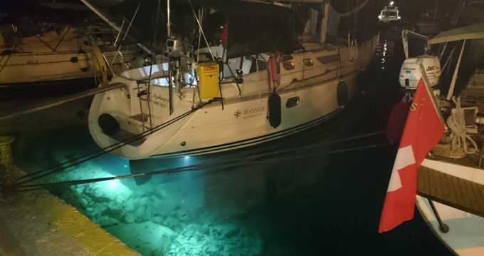 Location bateau Jeanneau Sun Odyssey 36.2 à Álimos sur Samboat