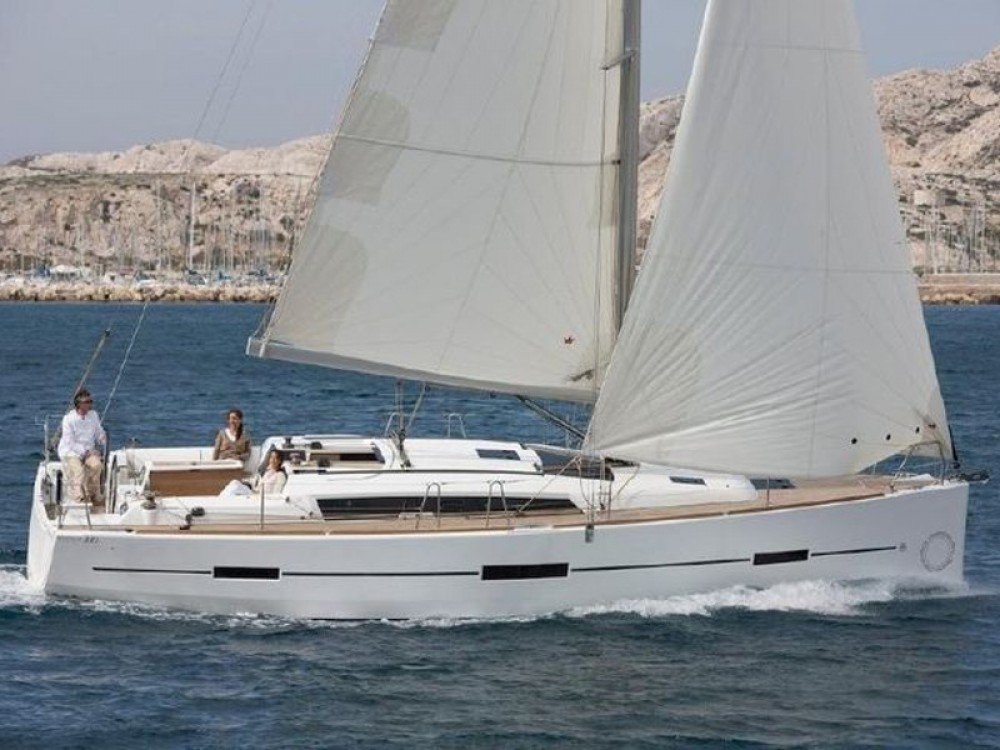 Louer Catamaran avec ou sans skipper Fountaine Pajot à Pula