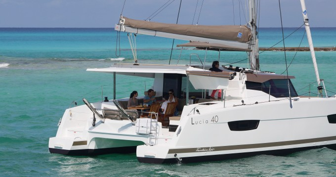Location yacht à Veruda - Fountaine Pajot Lucia 40 sur SamBoat