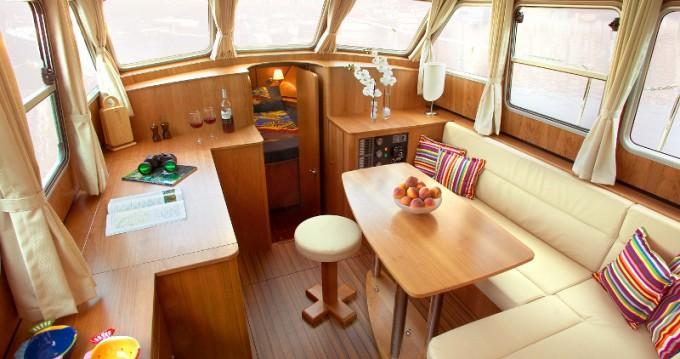 Louer Bateau à moteur avec ou sans skipper Linssen à Neuhof