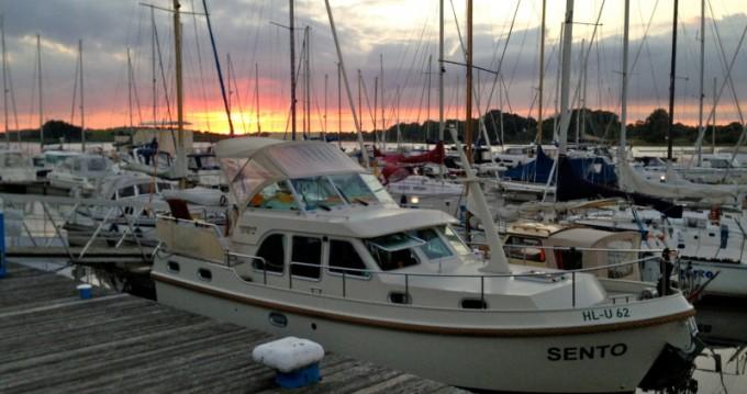 Location bateau Neuhof pas cher Linssen Grand Sturdy 29.9 AC
