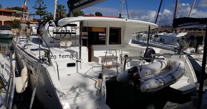 Louez un Lagoon Lagoon 400 S2 à Marina di Portorosa