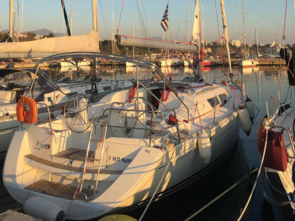 Louez un Jeanneau Sun Odyssey 39i à Nikiana