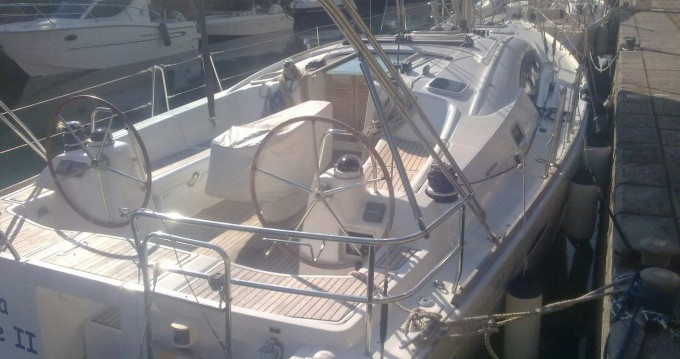 Location bateau Marina di Portorosa pas cher Oceanis 40