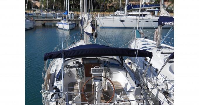 Location bateau Marina di Portorosa pas cher Oceanis 423 Exclusive