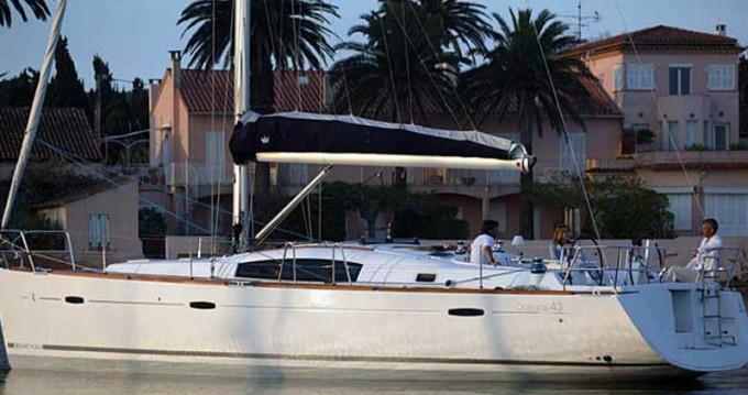 Location bateau Belém pas cher Oceanis 43