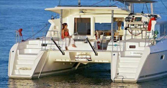Location bateau Lisbon pas cher Lagoon 421