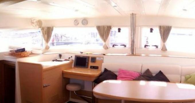 Louer Catamaran avec ou sans skipper Lagoon à Lisbon