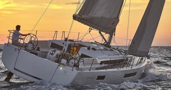 Louez un Jeanneau Sun Odyssey 440 à Porto de Portimao