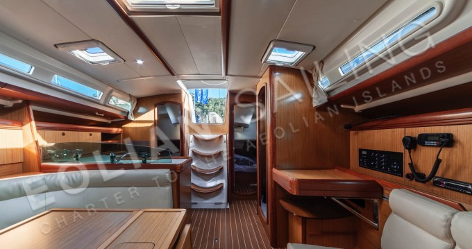 Location yacht à Capo d'Orlando - Jeanneau Jeanneau S.O. 42i sur SamBoat