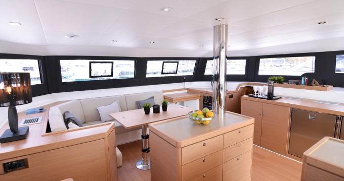 Location yacht à Port de Lefkada - Dufour Dufour 48 Catamaran sur SamBoat
