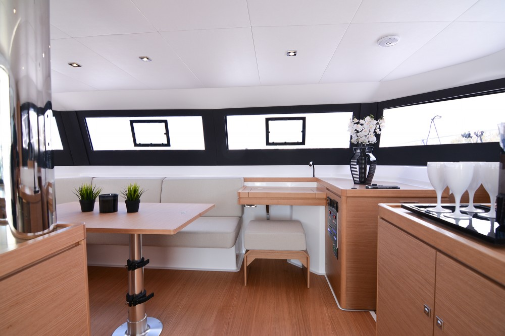 Location bateau Dufour Dufour 48 Catamaran à Leucade sur Samboat