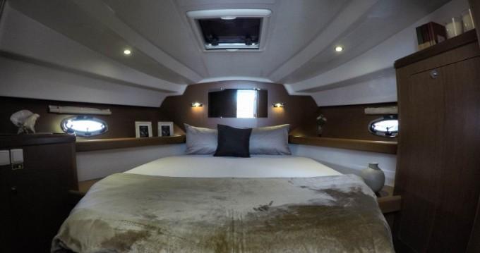 Location Bateau à moteur à Split - Bénéteau Antares 30 Fly