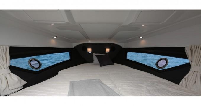 Location bateau Grandezza Grandezza 25S à Trogir sur Samboat