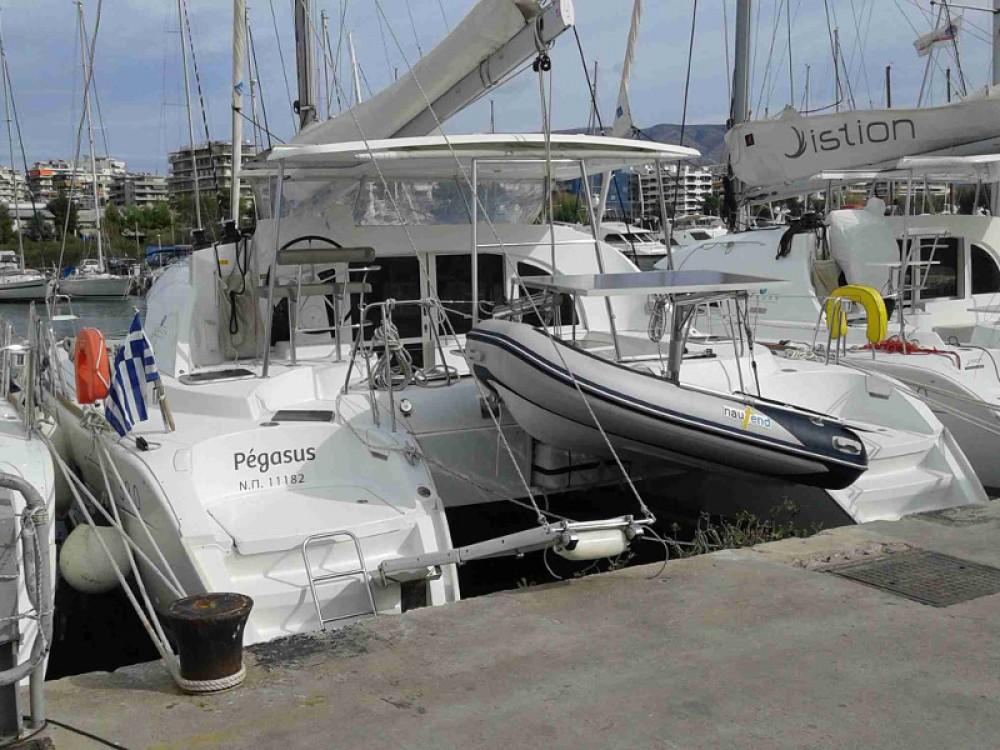 Location bateau Lagoon Lagoon 380 S2 à Marina de Alimos sur Samboat