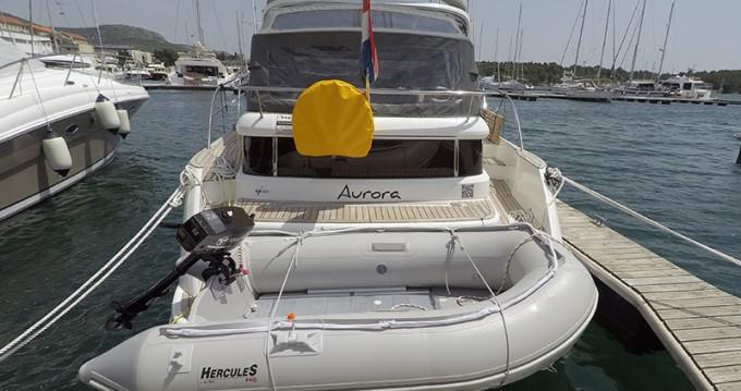 Location bateau Marex Marex 320 ACC à Sibenik sur Samboat