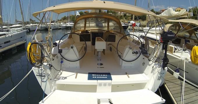 Location yacht à Sibenik - Dufour Dufour 382 GL sur SamBoat