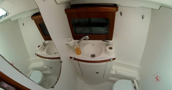 Louez un Bénéteau Oceanis 411 Clipper à Sibenik