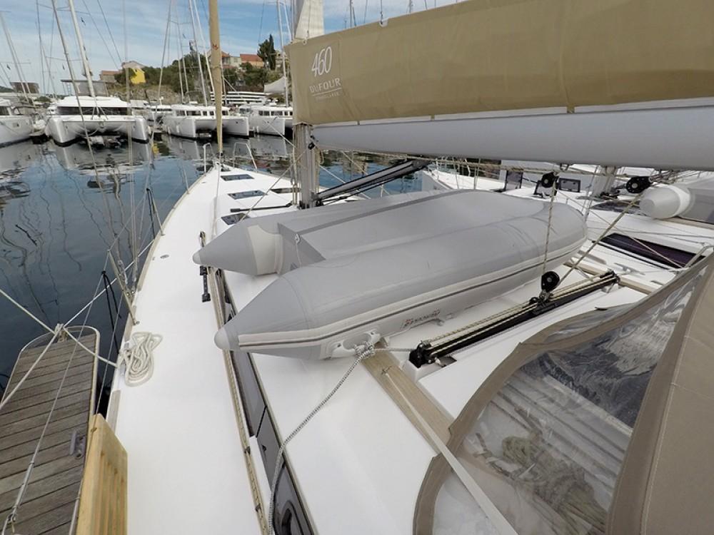 Location bateau Sebenico pas cher Dufour 460 4 cab
