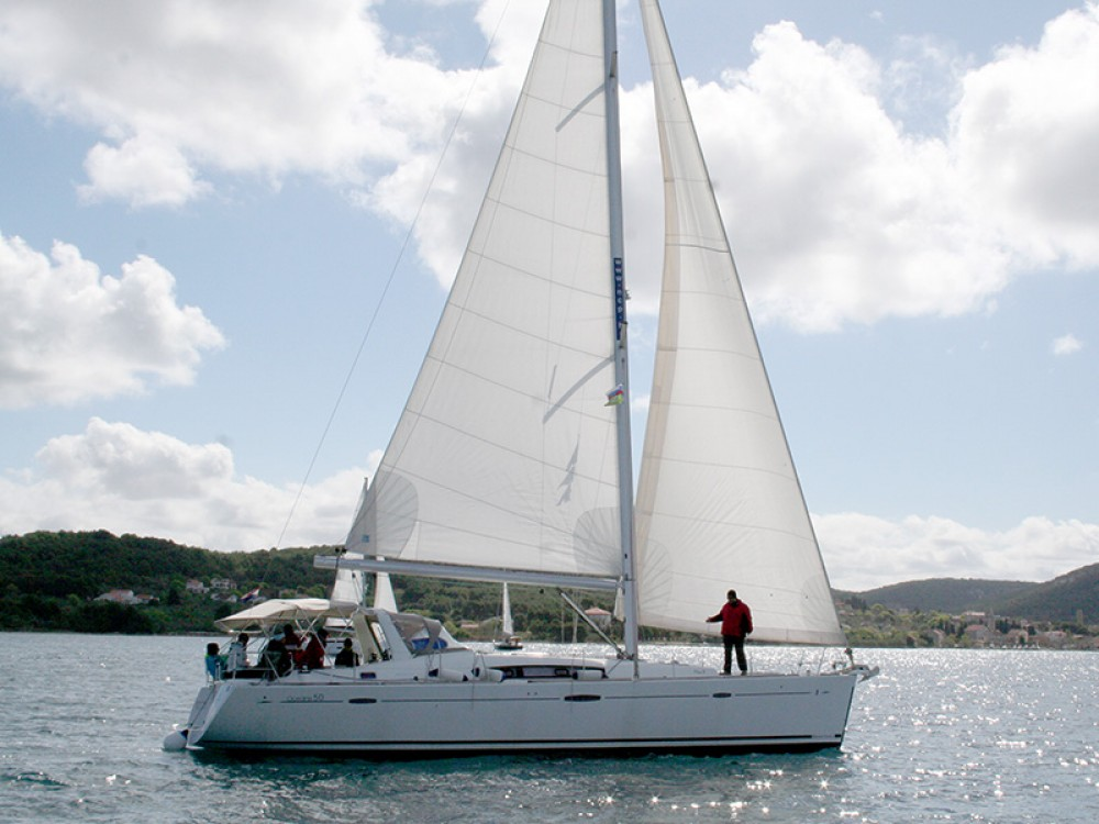 Location bateau Sibenik pas cher Oceanis 50