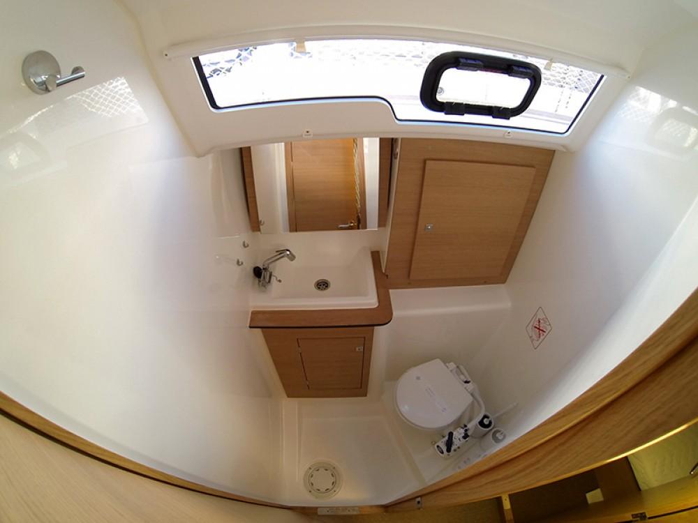 Location yacht à Šibenik - Dufour Dufour 382 GL sur SamBoat