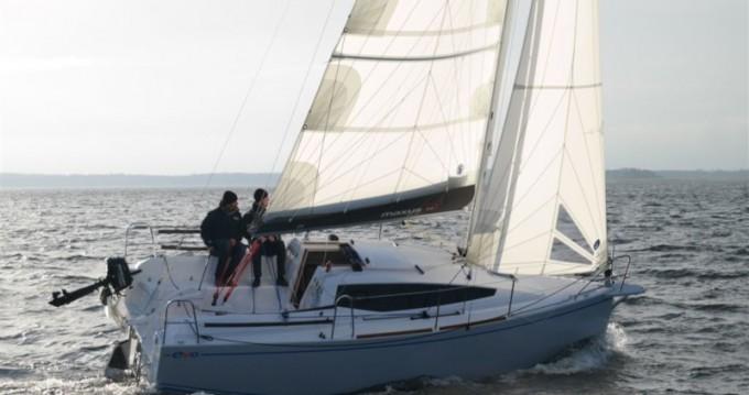 Location bateau Węgorzewo pas cher Maxus evo 24 Standard